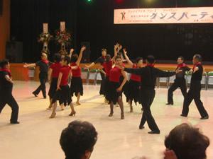 初めての社交ダンス